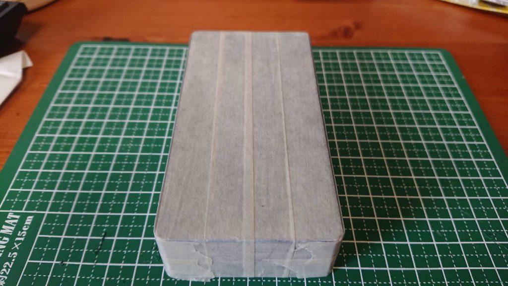 マスキングテープで養生したエフェクターケース