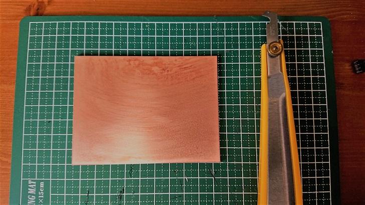 自作プリント基板用生基板の切り出し