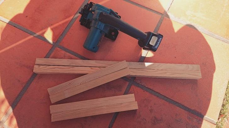 キャンプで映えるロールトップテーブル自作_02_木材切断
