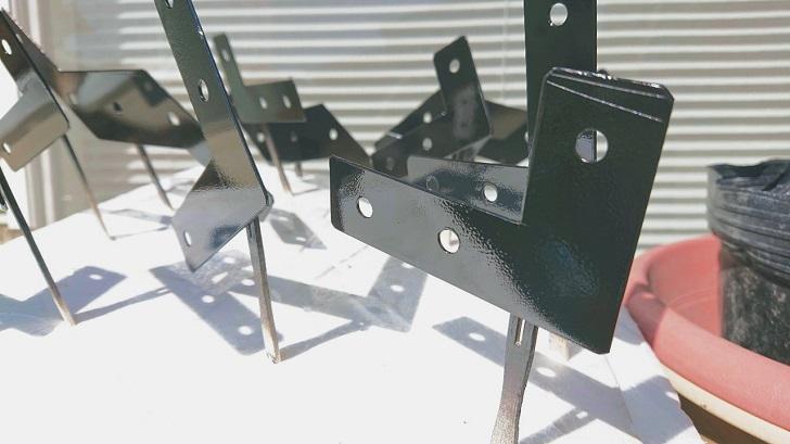 キャンプで映えるロールトップテーブル自作_05_アルミ板黒塗装