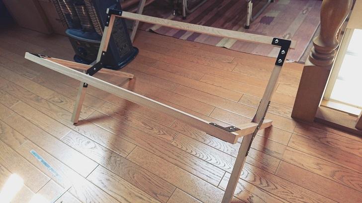 キャンプで映えるロールトップテーブル自作_07_脚の仮組完成_開脚